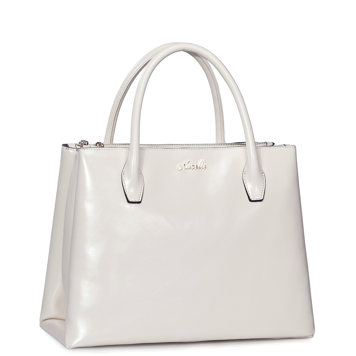 Even More White Hot Handbags for Summer - TheGloss