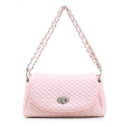 Chain messenger bag Pink