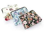 Cute floral delicacy buckle coin purse