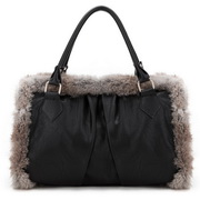 Rabitt fur tote bag Black