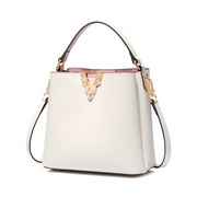JUST STAR 2020 New Fashion Girl Bucket Bag White